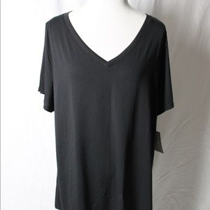 LuLaRoe Christy Top solid black size 3X. XP